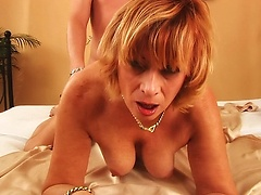 Foxy lady gets covered by jizz