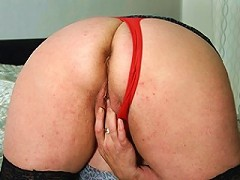 chubby mature slut and her cucumber